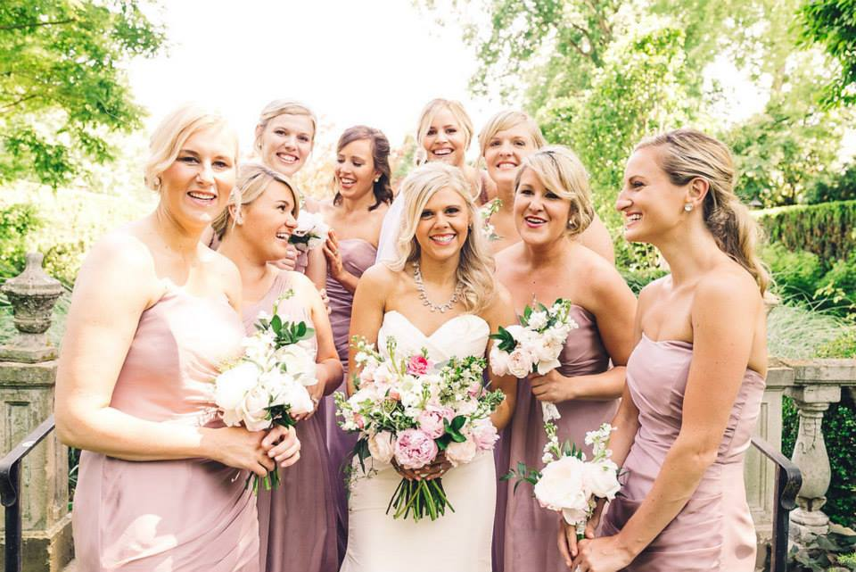 Louisville Bridesmaid Primp Style Lounge